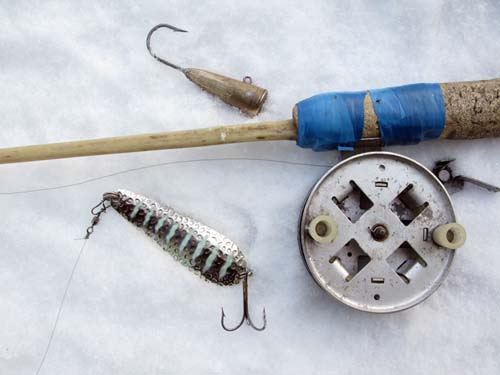 Как сделать шкуродёр для зимней рыбалки